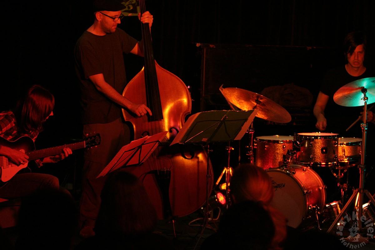 jazzkbild_2011-04-10_19-47-36-0878